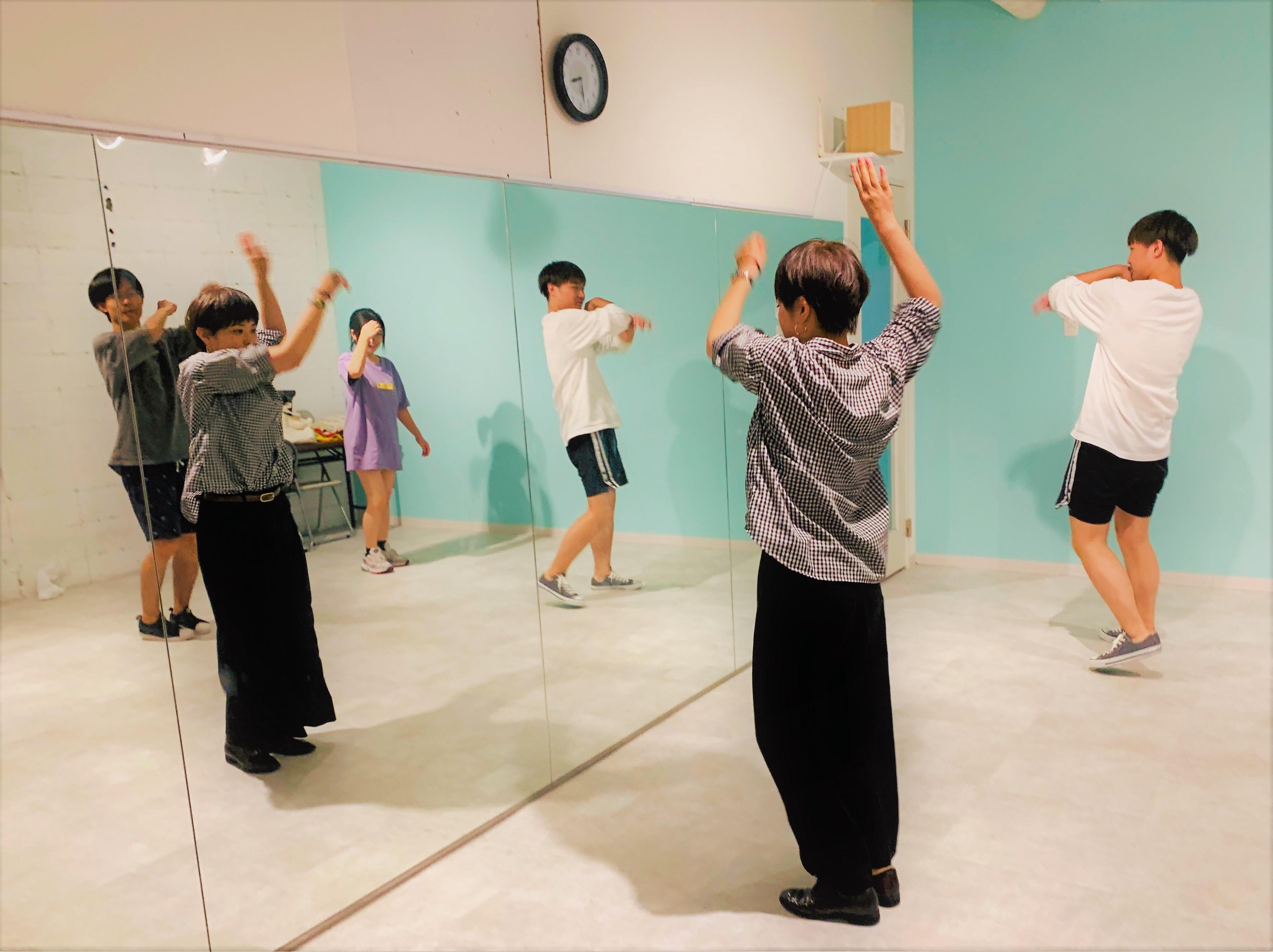 ダンスクラブの練習